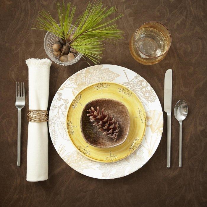 A crafty dinner setting