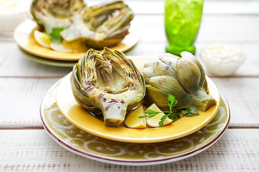Cooked artichoke