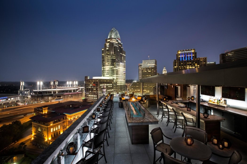 Exterior of a hotel roof top bar Cincinnati