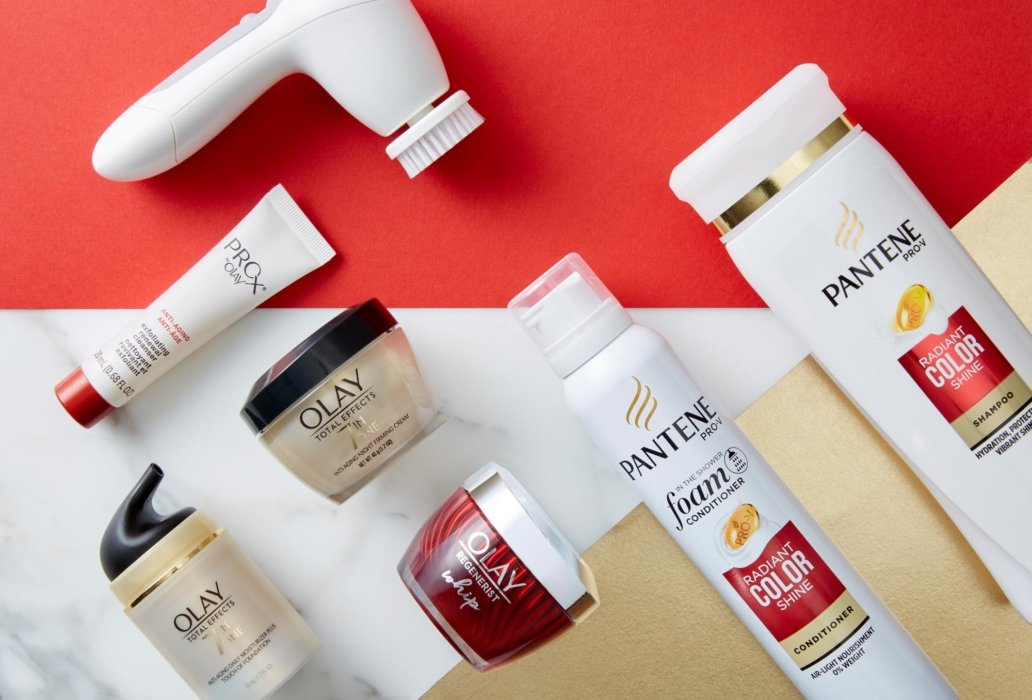 Pantene products arranged at an angle
