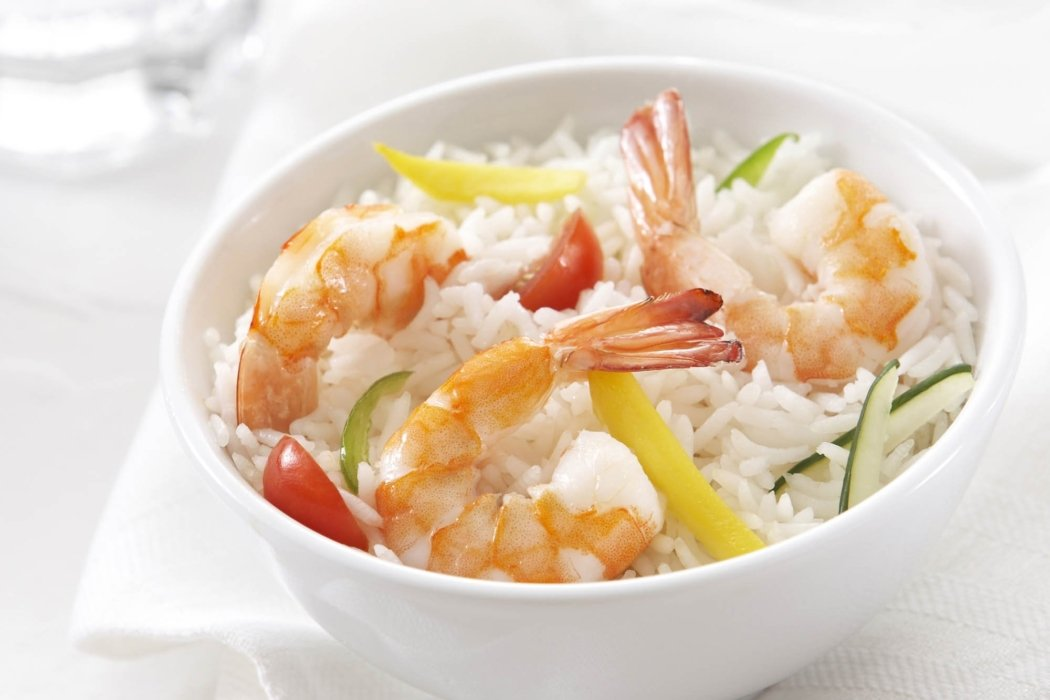 Food photography - A blow of fresh shrimp