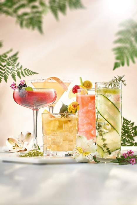 Bright summer cocktails - drink photography