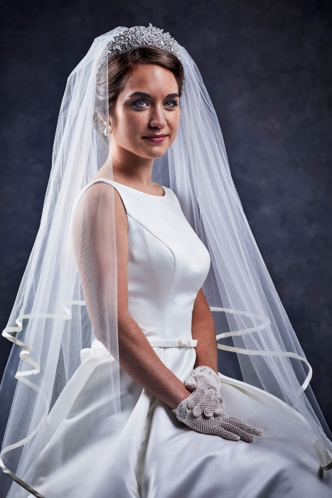 Portrait of a young woman on her wedding day - portrait photography