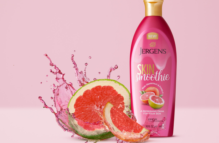 zJergens Skin Smoothie Pomelo and Grapefruit - Splash Product Photography